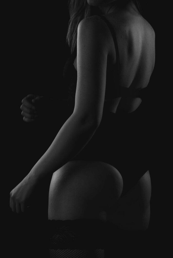 sedinta-foto-bucuresti-studio-foto-profesional-foto-boudoir-femei