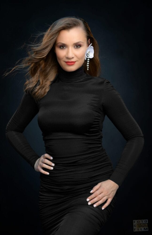 sedinta-foto-bucuresti-fotografii-portret-poze-business-fashion-femei