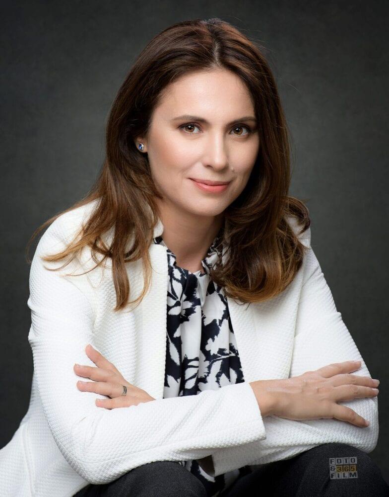 sedinta-foto-bucuresti-sector-2-fotografii-portret-fotografii-business-poze-corporate